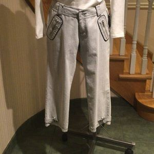 Light grey capris a faded jean look